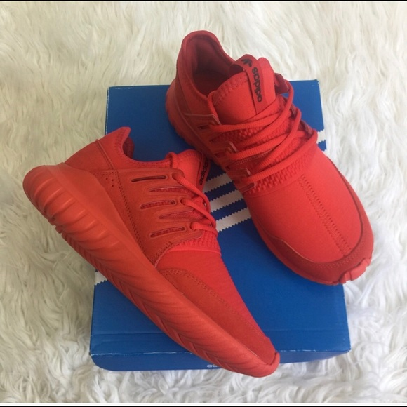 the latest 34efb 43aac NWT Rare all Red Adidas Tubular Radial womens 7.5 NWT